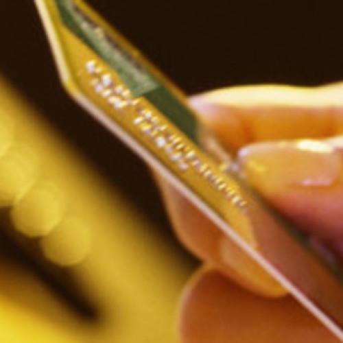 Mniej niż 20 proc. mikro- i małych firm w sektorze handlu i usług akceptuje płatności kartami
