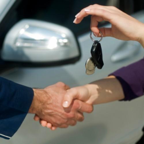 Jak reklamować wady wynajętego samochodu?