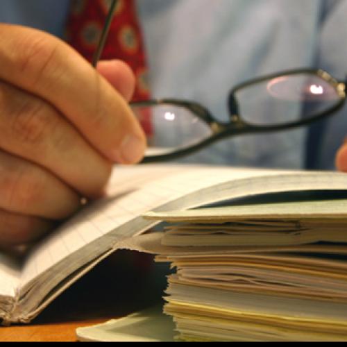 Jakie są obowiązki pracodawcy i pracownika dotyczące ubezpieczeń?