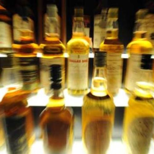 Polacy piją coraz więcej luksusowych alkoholi. Ich wydatki na whisky przekraczają już 2 mld zł rocznie
