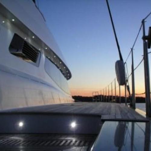 Producenci jachtów korzystają na coraz większej popularności sportów wodnych