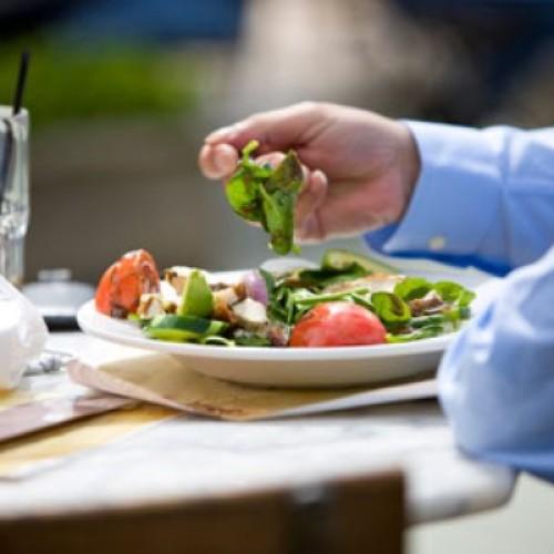 Wydatki poniesione posiłki w restauracji nie są kosztami uzyskania przychodów
