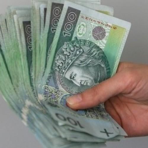 Coraz wyższe wynagrodzenia w sieciach handlowych