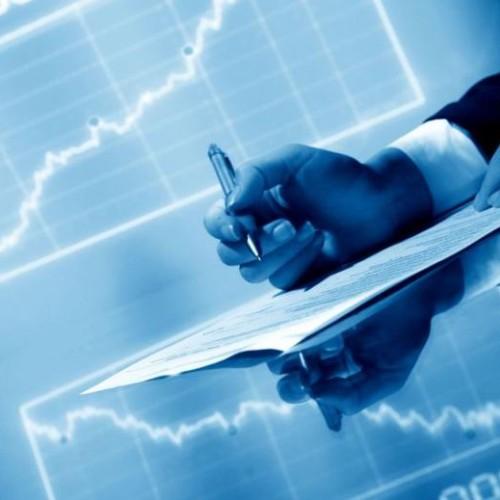 Inwestowanie w indeks przynosi większe zyski niż fundusze akcji