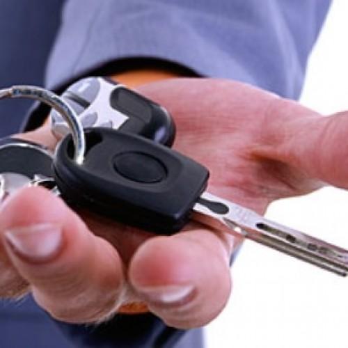Rośnie popularność wypożyczalni aut na minuty. BP uruchamia takie wypożyczalnie na swoich stacjach