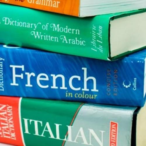 Czym zajmuje się tłumacz przysięgły?