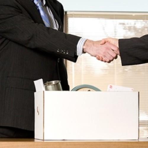 Na jakiej podstawie wypowiada się umowę?