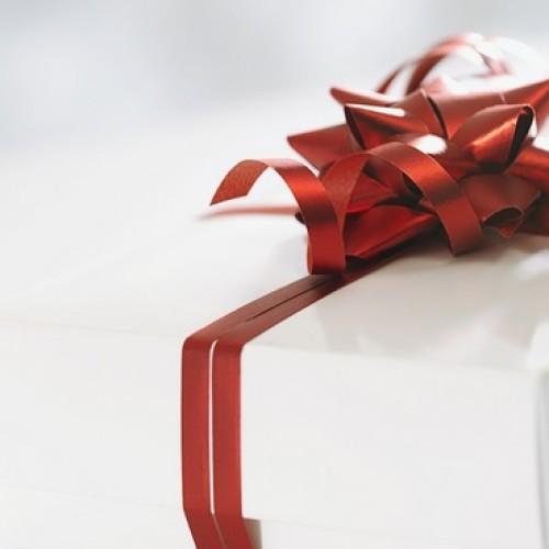Jak bezpiecznie kupić prezenty przez internet