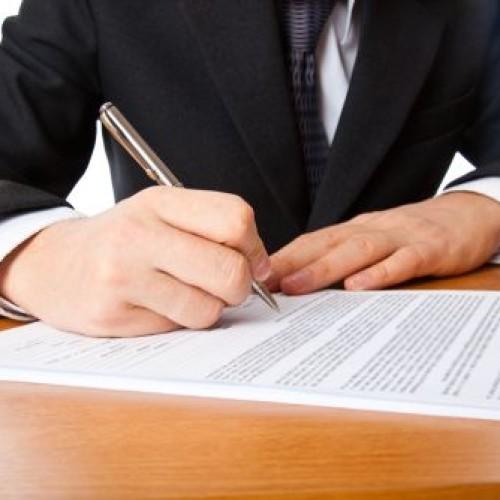 Pracodawcy rzadko korzystają z możliwości zawierania umów terminowych na dłużej niż 33 miesiące