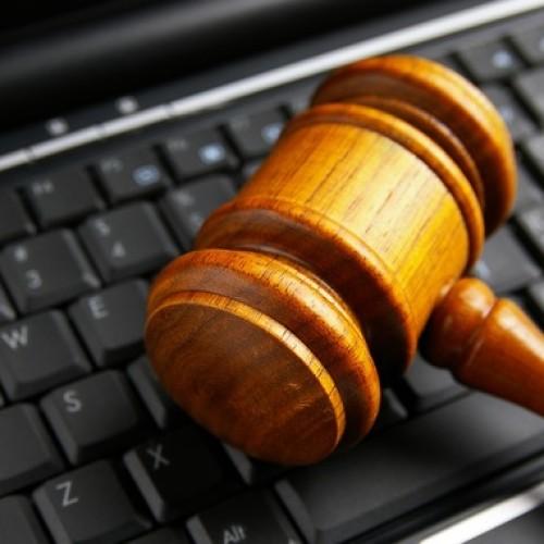 Czy wierzyć pomocy prawnej w sieci?