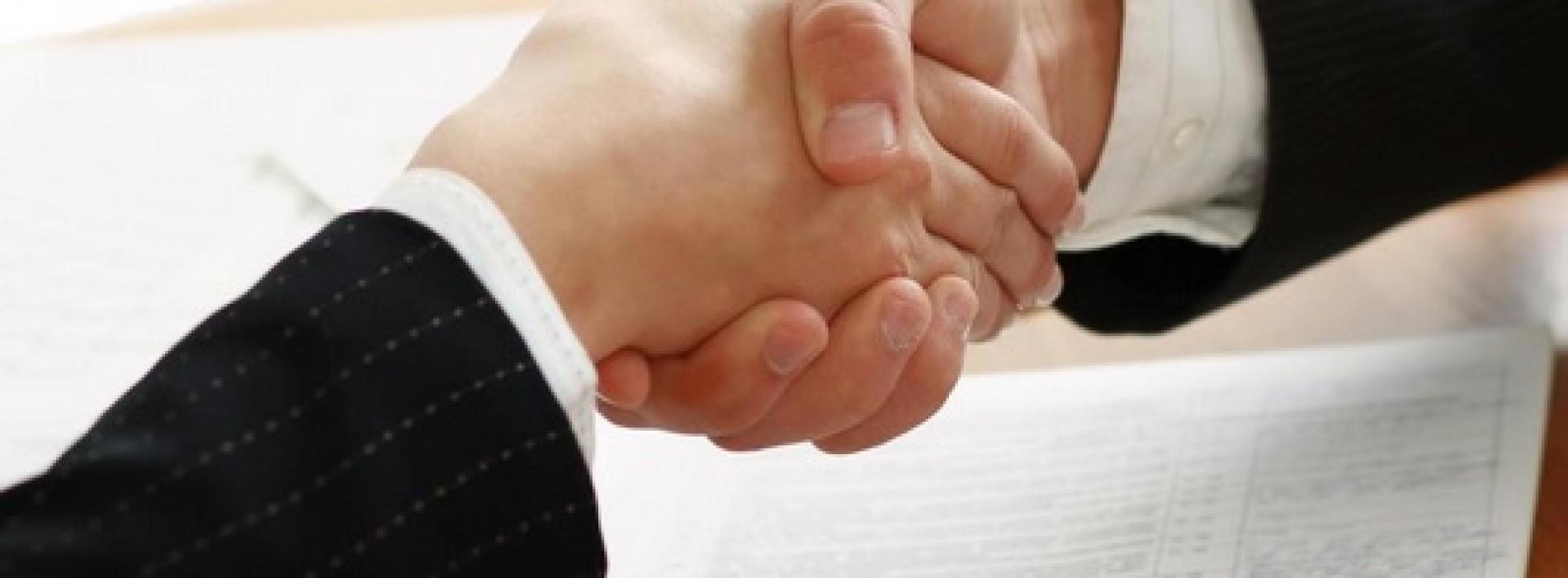 Plusy i minuty umów o dzieło