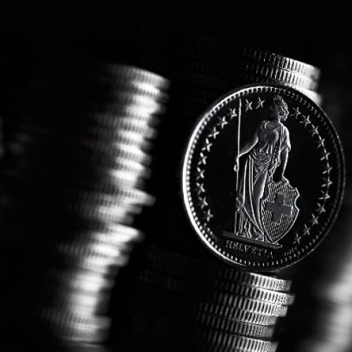 Koniec sztywnego kursu franka: co dalej?