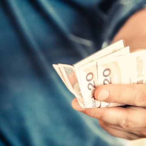 Polskie rodziny wydadzą na święta wielkanocne średnio 400 zł. Tyle samo co przed rokiem