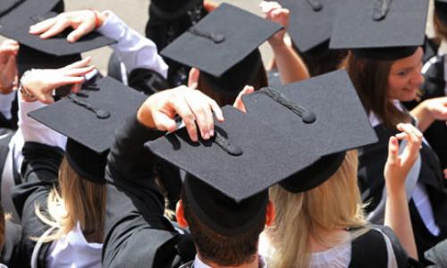 150 mln zł trafi na staże i praktyki dla studentów w przedsiębiorstwach