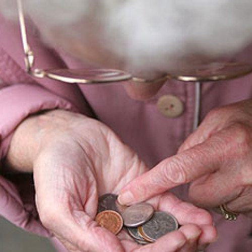 W marcu z powodu deflacji emerytury i renty wzrosły o 0,24 proc