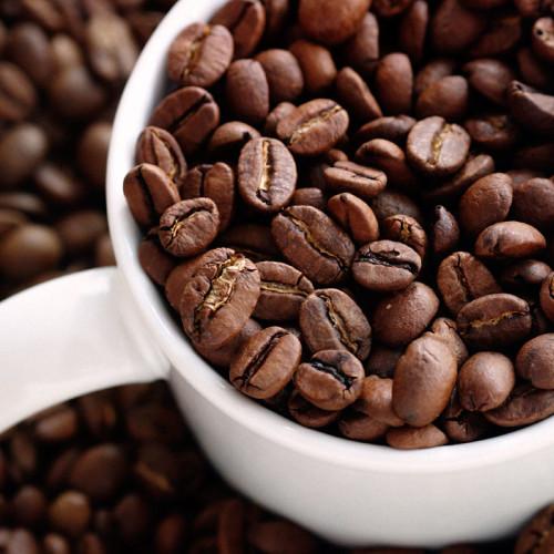 Blisko 70 proc. Polaków kupuje kawę na stacjach benzynowych