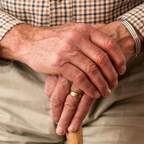 Polacy boją się o swoje zdrowie i samodzielność w starszym wieku