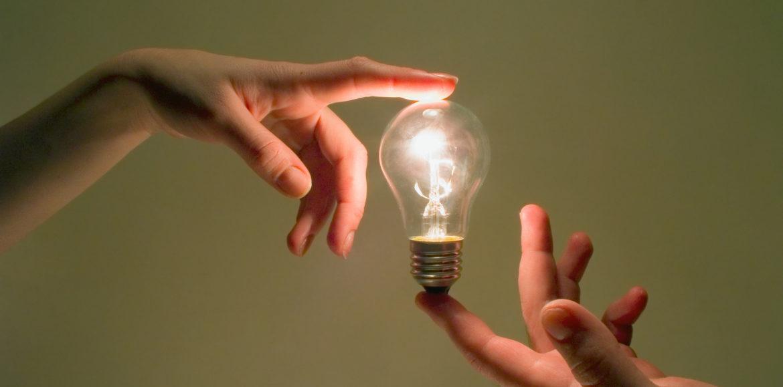 Jak zmienić sprzedawcę prądu?