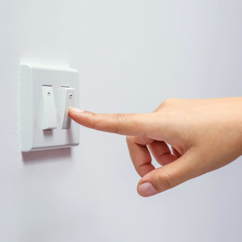 Cena prądu: czy wiesz, od czego zależy wysokość twoich rachunków?