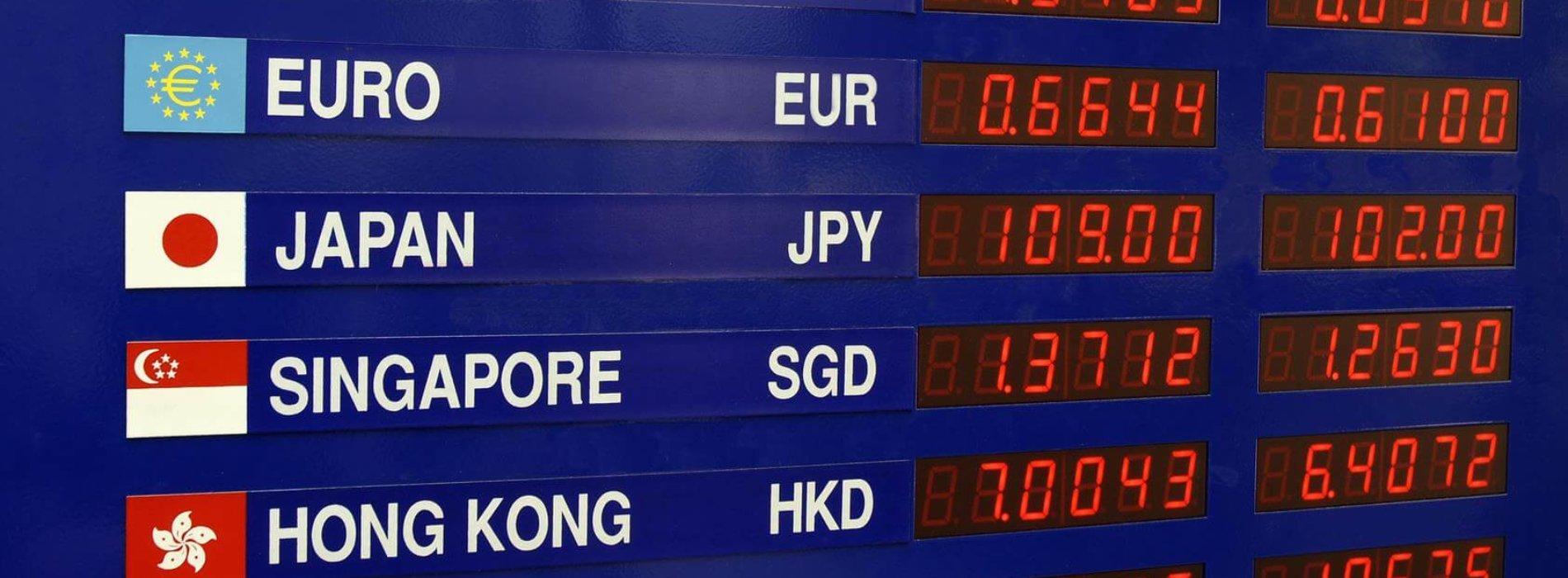Kantor stacjonarny czy internetowy? Sprawdź kurs walut przed zakupem